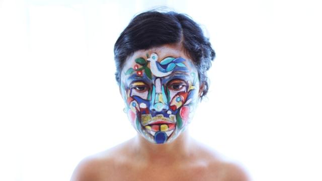 """""""בת"""" - יצירה משותפת של מיכאל ונטע אלקיים. צילום. מתוך התערוכה """"חוט של זהב"""""""
